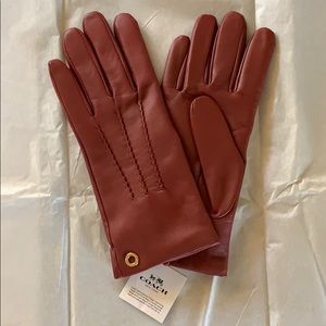 COACH Ladies Leather Gloves NWT